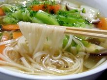 鶏塩や店長の日本一の比内地鶏ブログ-野菜たっぷり比内地鶏塩スープうどん2
