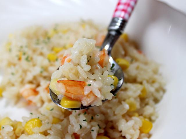 秋田の美味しい食べ方。比内地鶏ショップ名物店長の料理&釣りブログ-簡単エビピラフ